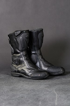Rival Ride Racing boots