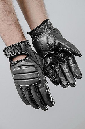 ATA Revino Black Touring GLOVES